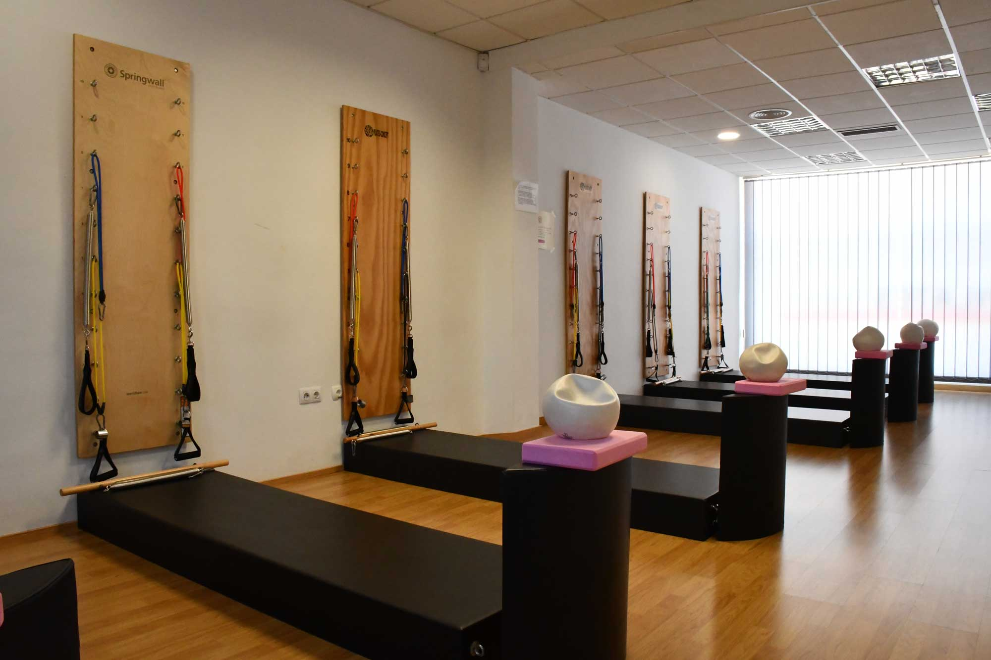 Pilates Aguadulce Spring Wall